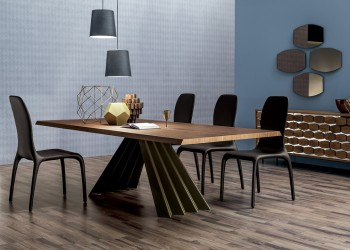Обеденный стол Ventaglio